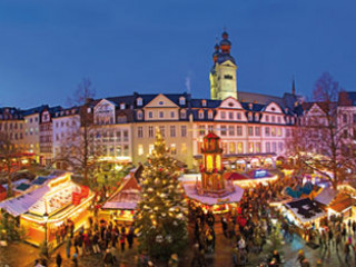 The smell of mulled wine and roasted almonds beckons in Koblenz